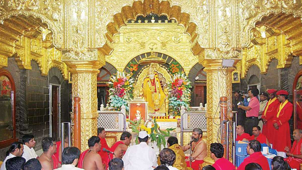Shirdi Temple Tours package in India